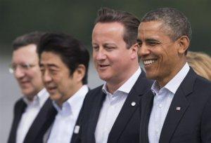 O Μπάρακ Ομπάμα και ο Ντέιβιντ Κάμερον στη σύνοδο του Λοχ Ερν